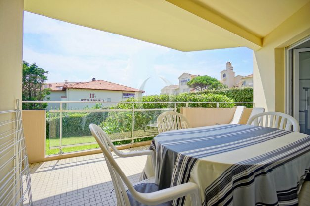 location-vacances-biarritz-agence-olaizola-proche-plage-milady-cote-des-basques-terrasse-parking-beaurivage-015