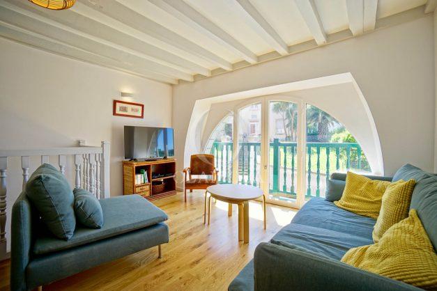 location-vacances-biarritz-appartement-t3-biarritz-centre-ville-plage-a-pied-apercu-mer-port-vieux-centre-ville-proches-halles-001
