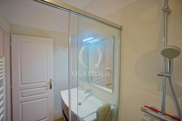 location-vacances-biarritz-appartement-t3-biarritz-centre-ville-plage-a-pied-apercu-mer-port-vieux-centre-ville-proches-halles-016