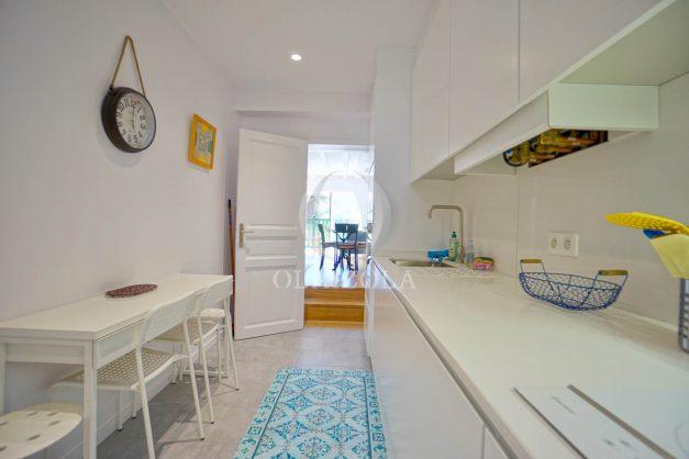 location-vacances-biarritz-appartement-t3-biarritz-centre-ville-plage-a-pied-apercu-mer-port-vieux-centre-ville-proches-halles-026
