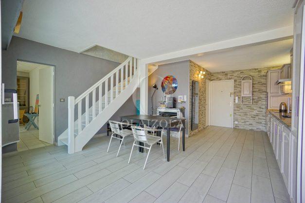 location-vacances-bidart-appartement-duplex-vue-montagne-mer-plage-a-pied-erretegia-proche-centre-commerce-residence-fronton-013
