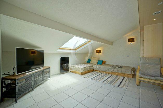 location-vacances-bidart-appartement-duplex-vue-montagne-mer-plage-a-pied-erretegia-proche-centre-commerce-residence-fronton-021