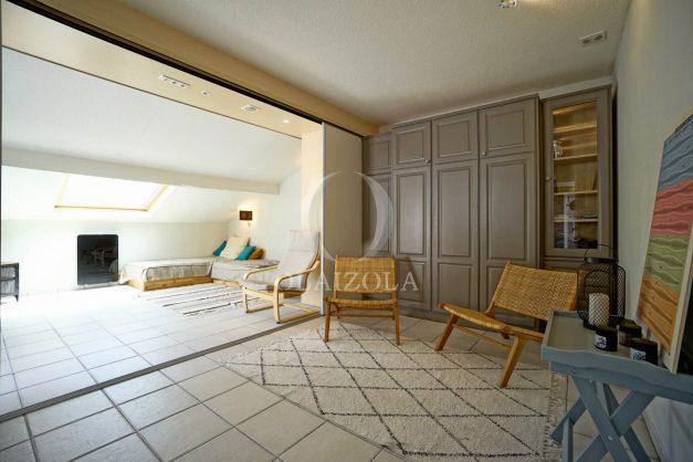 location-vacances-bidart-appartement-duplex-vue-montagne-mer-plage-a-pied-erretegia-proche-centre-commerce-residence-fronton-027