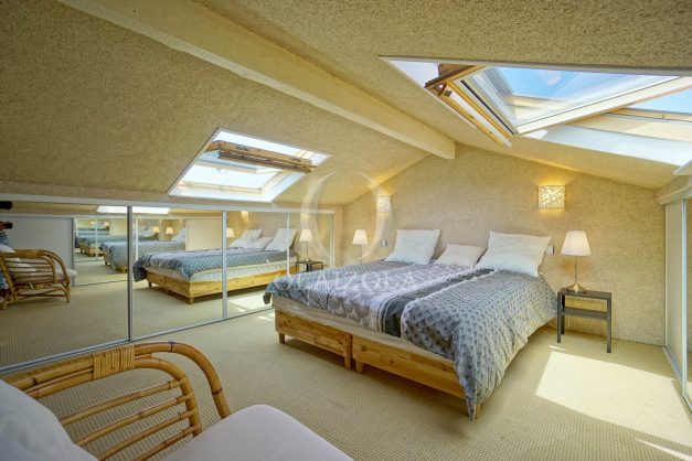 location-vacances-bidart-appartement-duplex-vue-montagne-mer-plage-a-pied-erretegia-proche-centre-commerce-residence-fronton-035