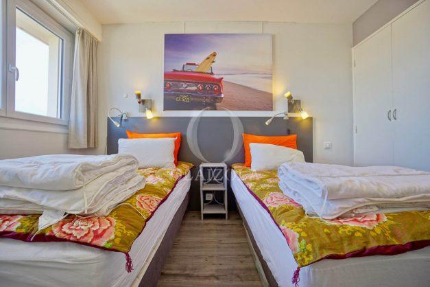 location-vacances-biarritz-appartement-type-2-balcon-centre-ville-vue-toit-2021-016