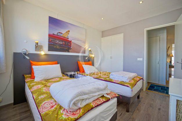 location-vacances-biarritz-appartement-type-2-balcon-centre-ville-vue-toit-2021-017