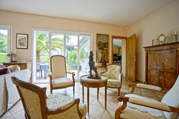 location-vacances-biarritz-villa-plain-pied-4pieces-piscine-barbeucue-jardin-spacieuse-sud-05-2021-21