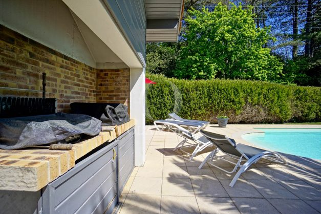 location-vacances-biarritz-villa-plain-pied-4pieces-piscine-barbeucue-jardin-spacieuse-sud-05-2021-8