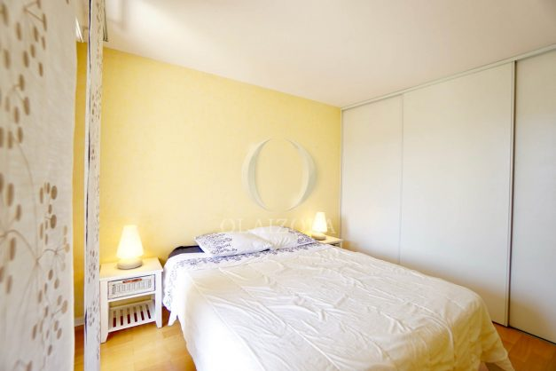 location-vacances-agence-olaizola-2-pieces-beaurivage-biarritz-terrasse-proche-plage-015