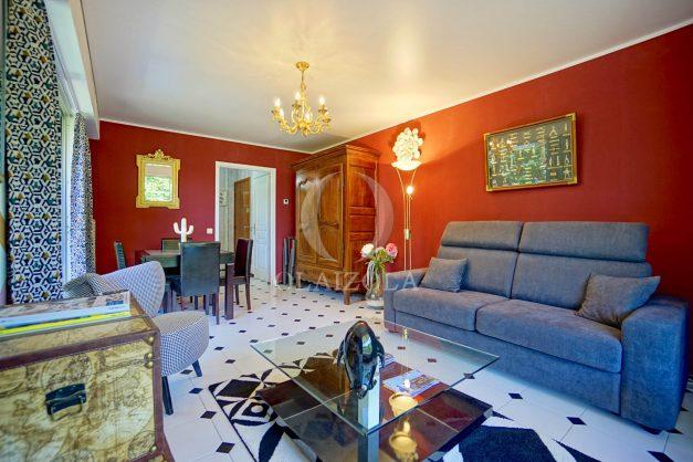 location-vacances-biarritz-appartement-terrasse-golf-plage-parking-biarritz-009