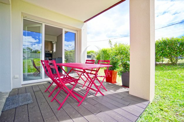 location-vacances-bidart-t-3-jardin-terrasse-piscine-proche-plage-et-village-parking-009