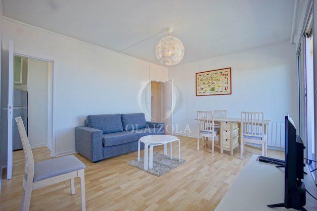 location-vacances-anglet-appartement-vue-mer-2pieces-terrasse-piscine-parking-011
