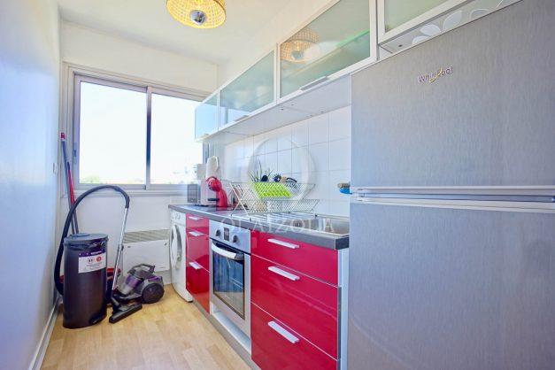 location-vacances-anglet-appartement-vue-mer-2pieces-terrasse-piscine-parking-015