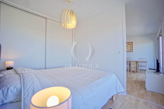 location-vacances-anglet-appartement-vue-mer-2pieces-terrasse-piscine-parking-020