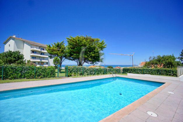 location-vacances-anglet-appartement-vue-mer-2pieces-terrasse-piscine-parking-027
