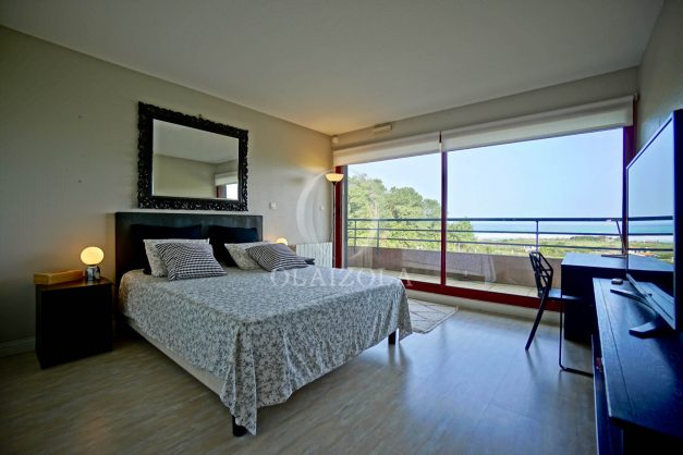 location-vacances-bidart-appartement-3pieces-vue-mer-golf-balcon-moderne-roseraie-ilbarritz-017