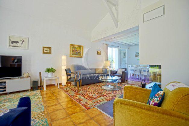 location-vacances-villa-arcangues-agence-olaizola-piscine-chauffée-plein-sud-terrasse-jardin-parking-garage-029