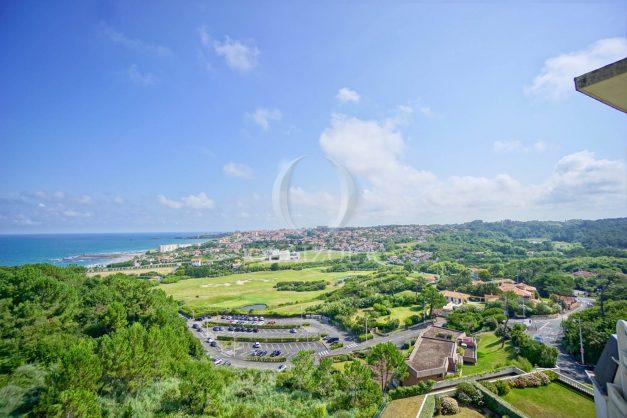 location-vacances-agence-olaizola-vue-mer-deux-pieces-piscine-parking-2020-004