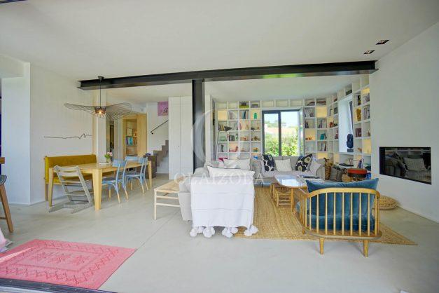 location-vacances-anglet-villa-piscine-terrasse-jardins-magnifique-salon-sejour-transate-soleil-5-chambres.026