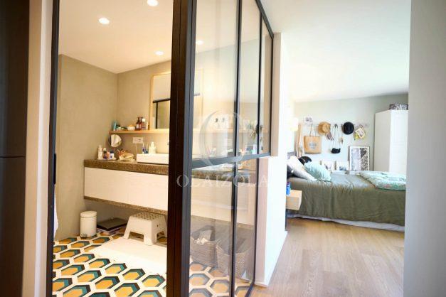 location-vacances-anglet-villa-piscine-terrasse-jardins-magnifique-salon-sejour-transate-soleil-5-chambres.040
