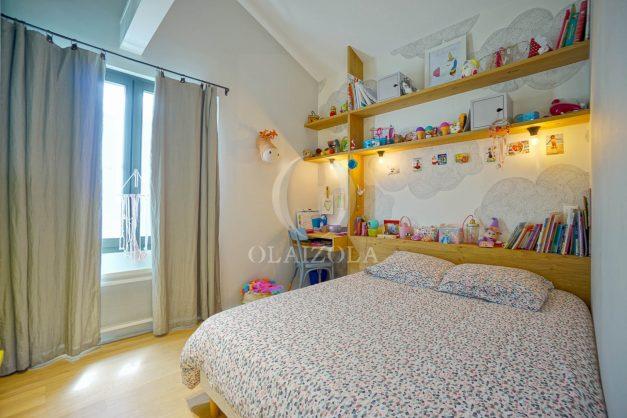 location-vacances-anglet-villa-piscine-terrasse-jardins-magnifique-salon-sejour-transate-soleil-5-chambres.050