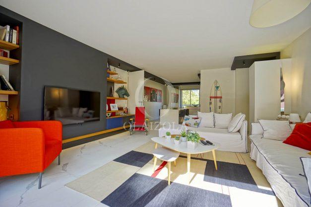 location-vacances-biarritz-appartement-T3-standing-residence-super-privee-terrasse-parking-grand-lit-ensoleillee-007