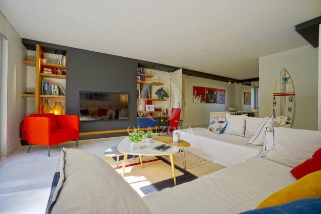 location-vacances-biarritz-appartement-T3-standing-residence-super-privee-terrasse-parking-grand-lit-ensoleillee-008