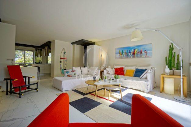 location-vacances-biarritz-appartement-T3-standing-residence-super-privee-terrasse-parking-grand-lit-ensoleillee-015