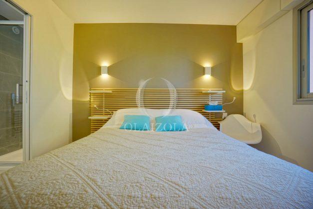 location-vacances-biarritz-appartement-T3-standing-residence-super-privee-terrasse-parking-grand-lit-ensoleillee-041
