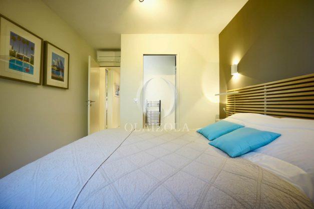 location-vacances-biarritz-appartement-T3-standing-residence-super-privee-terrasse-parking-grand-lit-ensoleillee-043