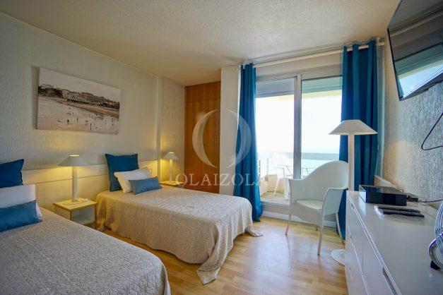 location-vacances-biarritz-studio-vue-mer-sublime-8-étages-loggia-grande-plage-premier-plan-victoria-surf-centre-ville006