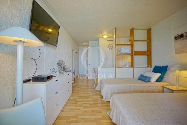 location-vacances-biarritz-studio-vue-mer-sublime-8-étages-loggia-grande-plage-premier-plan-victoria-surf-centre-ville008