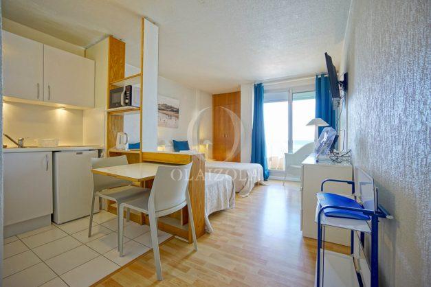 location-vacances-biarritz-studio-vue-mer-sublime-8-étages-loggia-grande-plage-premier-plan-victoria-surf-centre-ville010