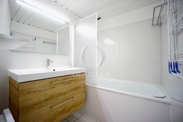 location-vacances-biarritz-studio-vue-mer-sublime-8-étages-loggia-grande-plage-premier-plan-victoria-surf-centre-ville014