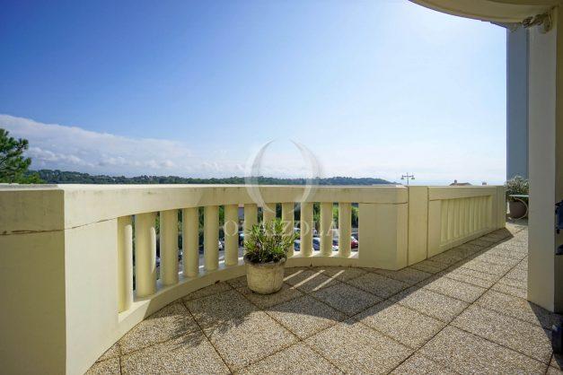 location-vacances-bidart-appartement-laroserai-vue-mer-golf-terrasse-balcon-magnifique-location-vacances-bidart-appartement-laroserai-vue-golf-terrasse-balcon-magnifique-004