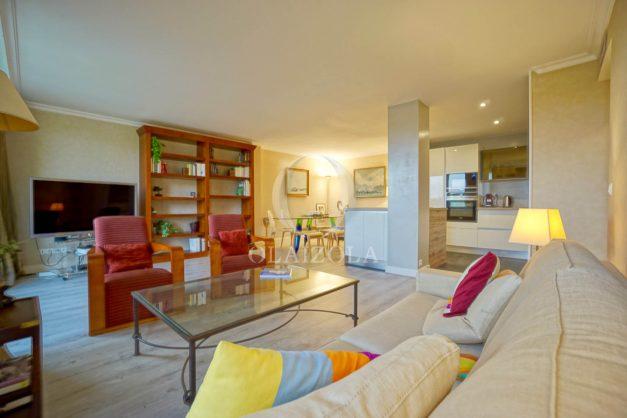 location-vacances-bidart-appartement-laroserai-vue-mer-golf-terrasse-balcon-magnifique-location-vacances-bidart-appartement-laroserai-vue-golf-terrasse-balcon-magnifique-021