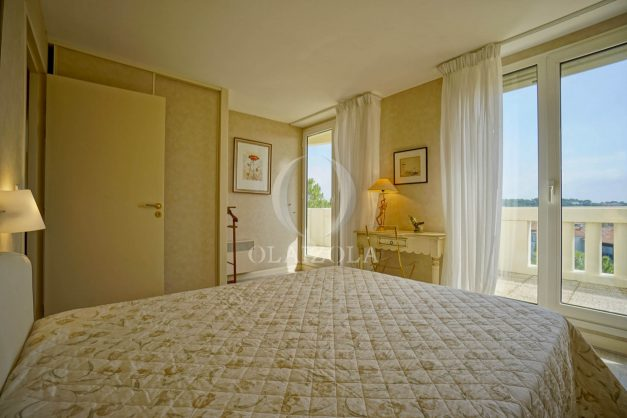 location-vacances-bidart-appartement-laroserai-vue-mer-golf-terrasse-balcon-magnifique-location-vacances-bidart-appartement-laroserai-vue-golf-terrasse-balcon-magnifique-048