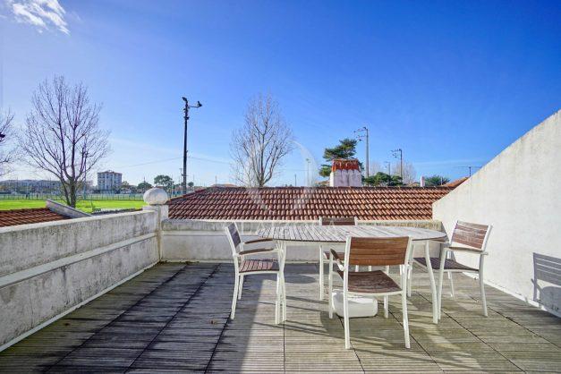 location-vacances-biarritz-appartement-refait-a-neuf-duplex-garage-terrasse-ensoleillee-plein-sud-migron-2020-001