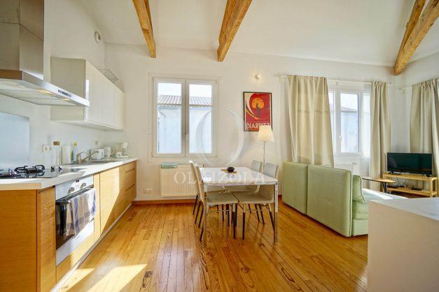 location-vacances-biarritz-appartement-refait-a-neuf-duplex-garage-terrasse-ensoleillee-plein-sud-migron-2020-012