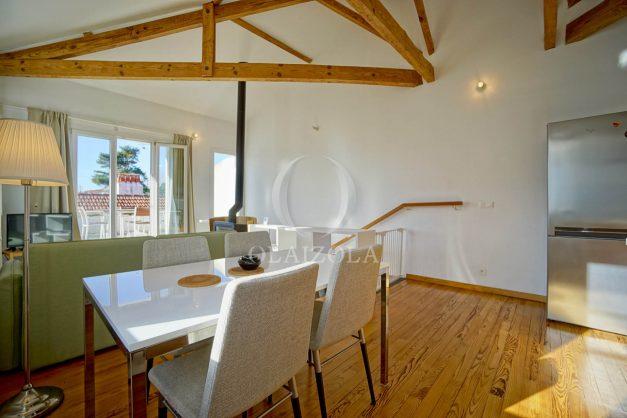 location-vacances-biarritz-appartement-refait-a-neuf-duplex-garage-terrasse-ensoleillee-plein-sud-migron-2020-015