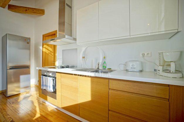 location-vacances-biarritz-appartement-refait-a-neuf-duplex-garage-terrasse-ensoleillee-plein-sud-migron-2020-018