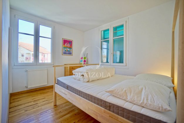 location-vacances-biarritz-appartement-refait-a-neuf-duplex-garage-terrasse-ensoleillee-plein-sud-migron-2020-020