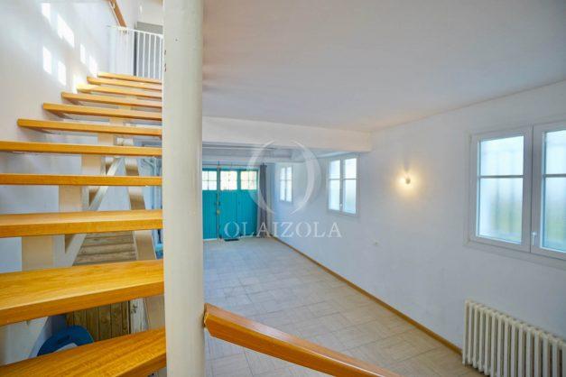 location-vacances-biarritz-appartement-refait-a-neuf-duplex-garage-terrasse-ensoleillee-plein-sud-migron-2020-025