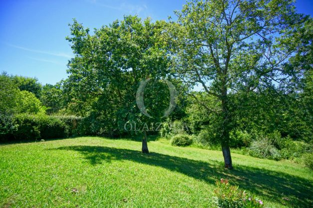 location-vacances-cote-basque-golf-villa-piscine-terrasse-makila-jardin-proche-plages-008