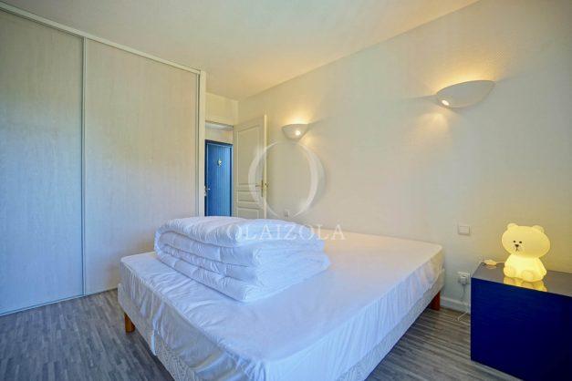 location-vacances-cote-basque-golf-villa-piscine-terrasse-makila-jardin-proche-plages-029