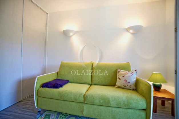 location-vacances-cote-basque-golf-villa-piscine-terrasse-makila-jardin-proche-plages-032