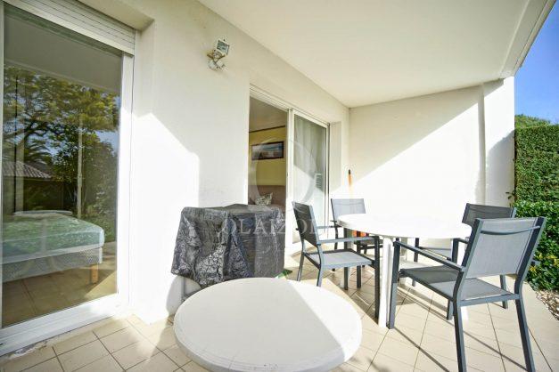 location-vacances-bidart-t2-jardin-terrasse-parking-plage-a-pied-plancha-2021-009