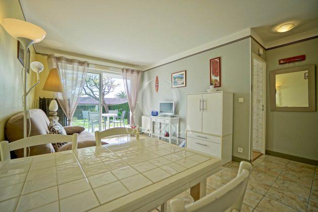 location-vacances-bidart-t2-jardin-terrasse-parking-plage-a-pied-plancha-2021-018