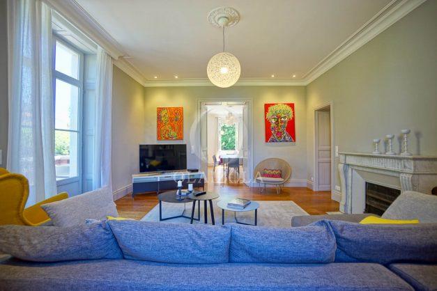 location-vacances-biarritz-appartement-t4-terrasses-jardins-proche-centre-ville-plages-standing-salon-jardin-023
