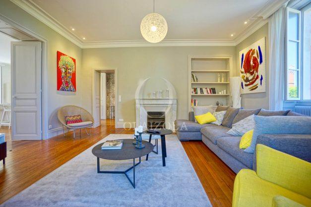 location-vacances-biarritz-appartement-t4-terrasses-jardins-proche-centre-ville-plages-standing-salon-jardin-025